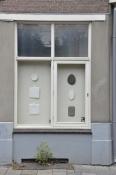 Twee ramen aan de Sonsbeeksingel