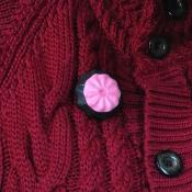 roze slagroom dop met rubber op vest